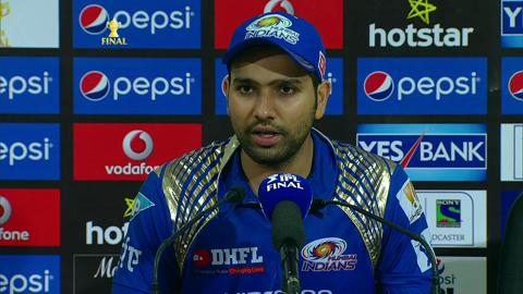 रोहित शर्मा ने मैच के बाद बल्लेबाजों को ठहराया गुजरात के खिलाफ हार का जिम्मेदार