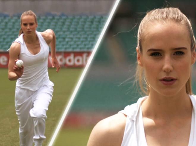 विश्व की 10 सबसे सुंदर महिला क्रिकेटर