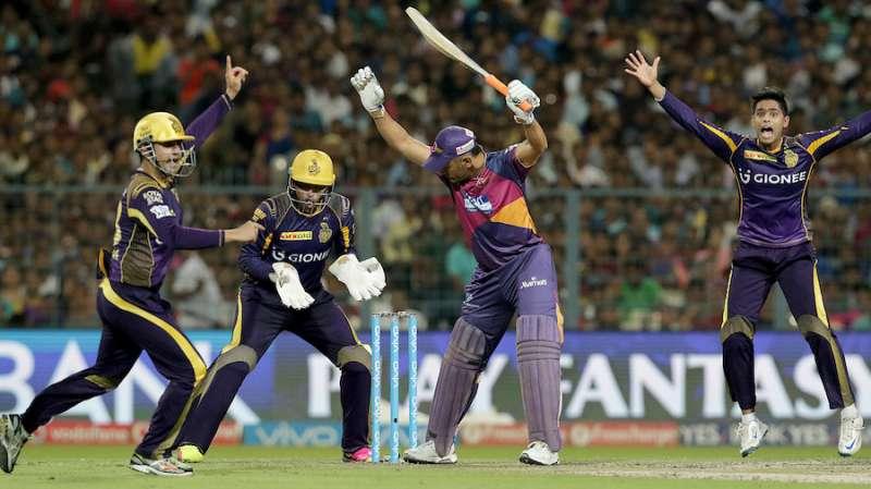 केकेआर के कप्तान गौतम गंभीर ने दिया धोनी के खिलाफ टेस्ट फील्डिंग पर बड़ा बयान 15