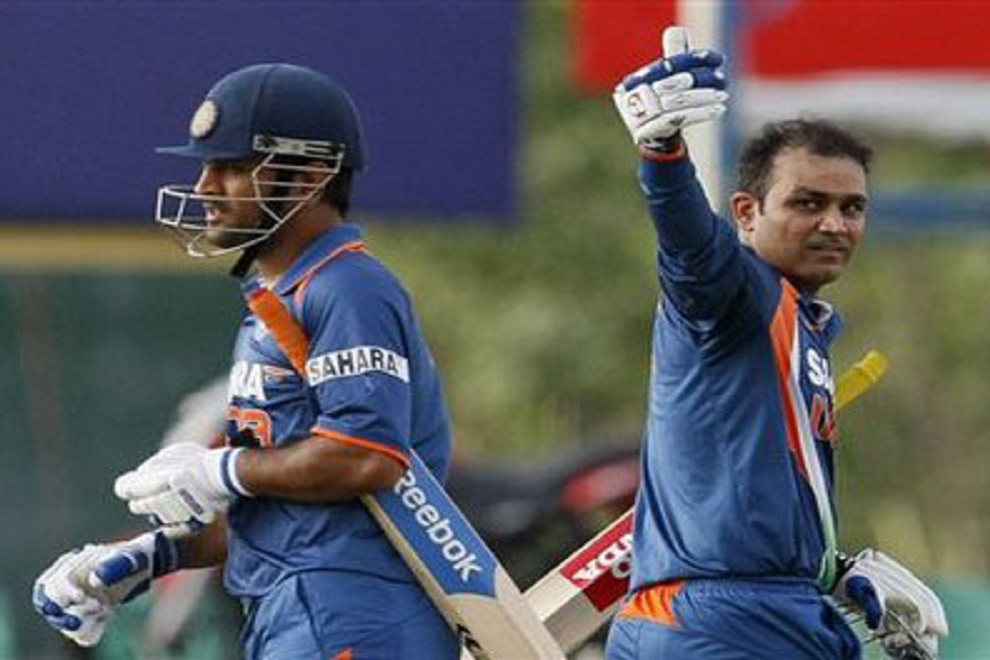 धोनी से दुश्मनी करके हो गया इन क्रिकेटरो का करियर बर्बाद? 3