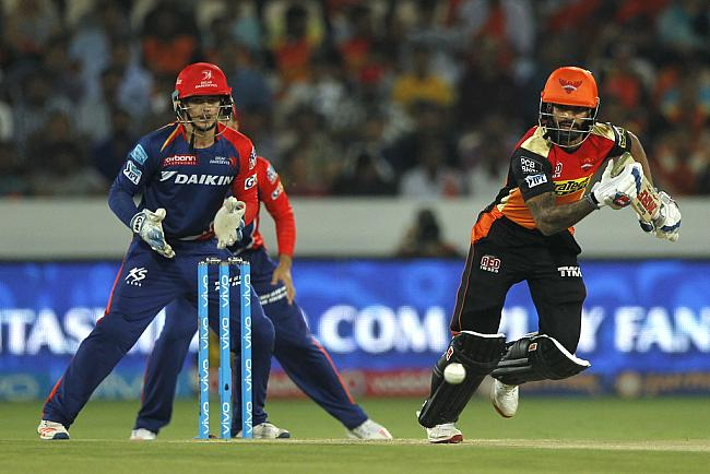 ट्वीटर रिएक्शन: दिल्ली जीती, लेकिन मैच से ज्यादा मजा ट्वीटर यूजर्स ने लिया 15