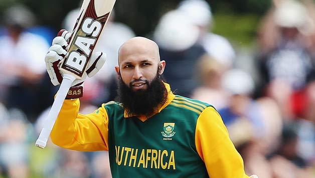 क्रिकेट के किसी कैलेंडर वर्ष में सबसे ज्यादा शतक बनाने वाले खिलाड़ी