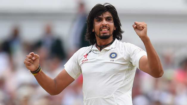 इशांत शर्मा ने दुसरे दिन अपने गेंदबाजी पर लगातार कैच छोड़ने के बाद पार्थिव पटेल और भारतीय फील्डरो को कही ये बात