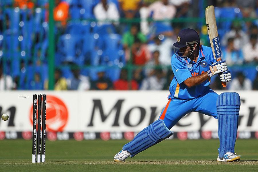 सीमित ओवर के कप्तान धोनी जल्द तोड़ सकते हैं ये 7 रिकॉर्ड्स 17