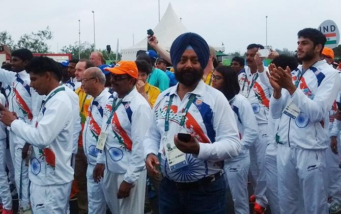 भारतीय ओलम्पिक दल का खेल गांव में स्वागत