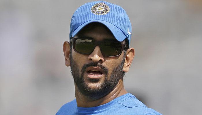 एकदिवसीय क्रिकेट में सचिन का बड़ा  रिकॉर्ड तोड़ने के बेहद करीब कप्तान एमएस धोनी
