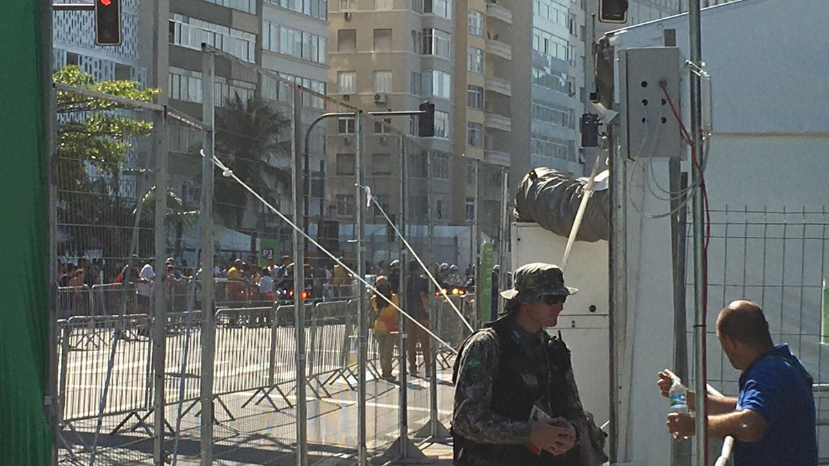 ब्रेकिंग न्यूज़: रियो में हुआ काफी बड़ा धमाका 10