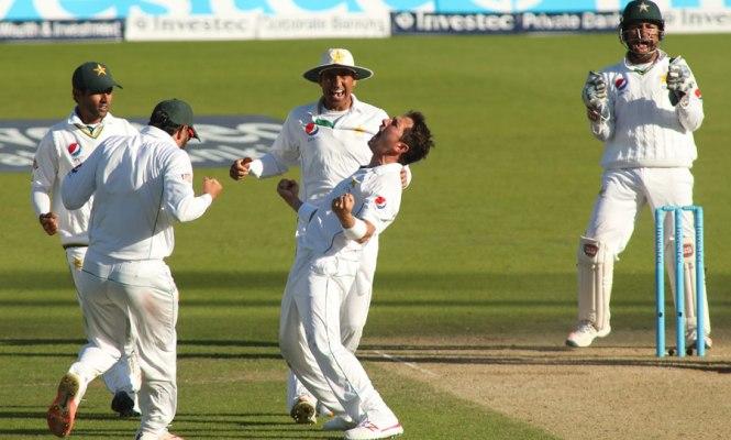 लंदन टेस्ट : पाकिस्तान 10 विकेट से जीता, ड्रॉ कराई श्रृंखला 7