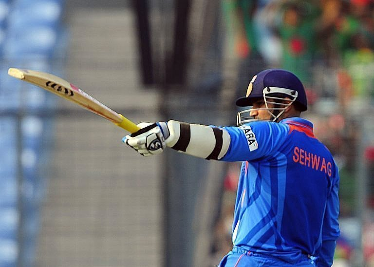 क्रिकेट जगत की 5 सबसे यादगार जर्सी नम्बर 14