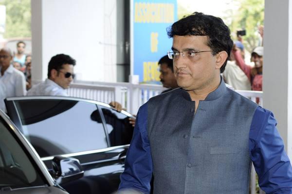पूर्व कप्तान सौरव गांगुली ने बी.सी.सी.आईअध्यक्ष अनुराग ठाकुर का आतंकवाद के मुद्दे पे किया समर्थन 9