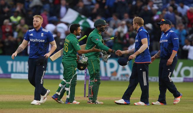 कार्डिफ एकदिवसीय : पाकिस्तान ने इंग्लैंड को 4 विकेट से हराया 14