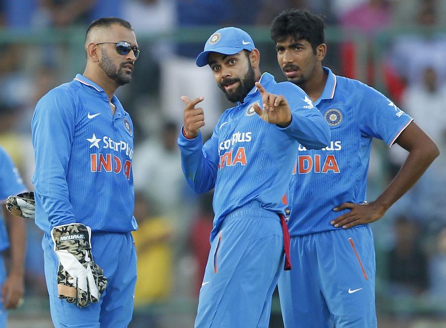 मोहाली में तीसरे वनडे में इन 11 खिलाड़ियों के साथ उतरेंगे महेंद्र सिंह धोनी 8