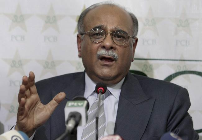 पीसीबी ने खिलाड़ियों पर पुश-अप करने से लगाया प्रतिबंध 15