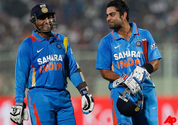 वीरेंद्र सहवाग ने किया खुलासा, धोनी की वजह से विराट है आज भारतीय कप्तान, चयनकर्ताओ ने दिया था रोहित कों मौका