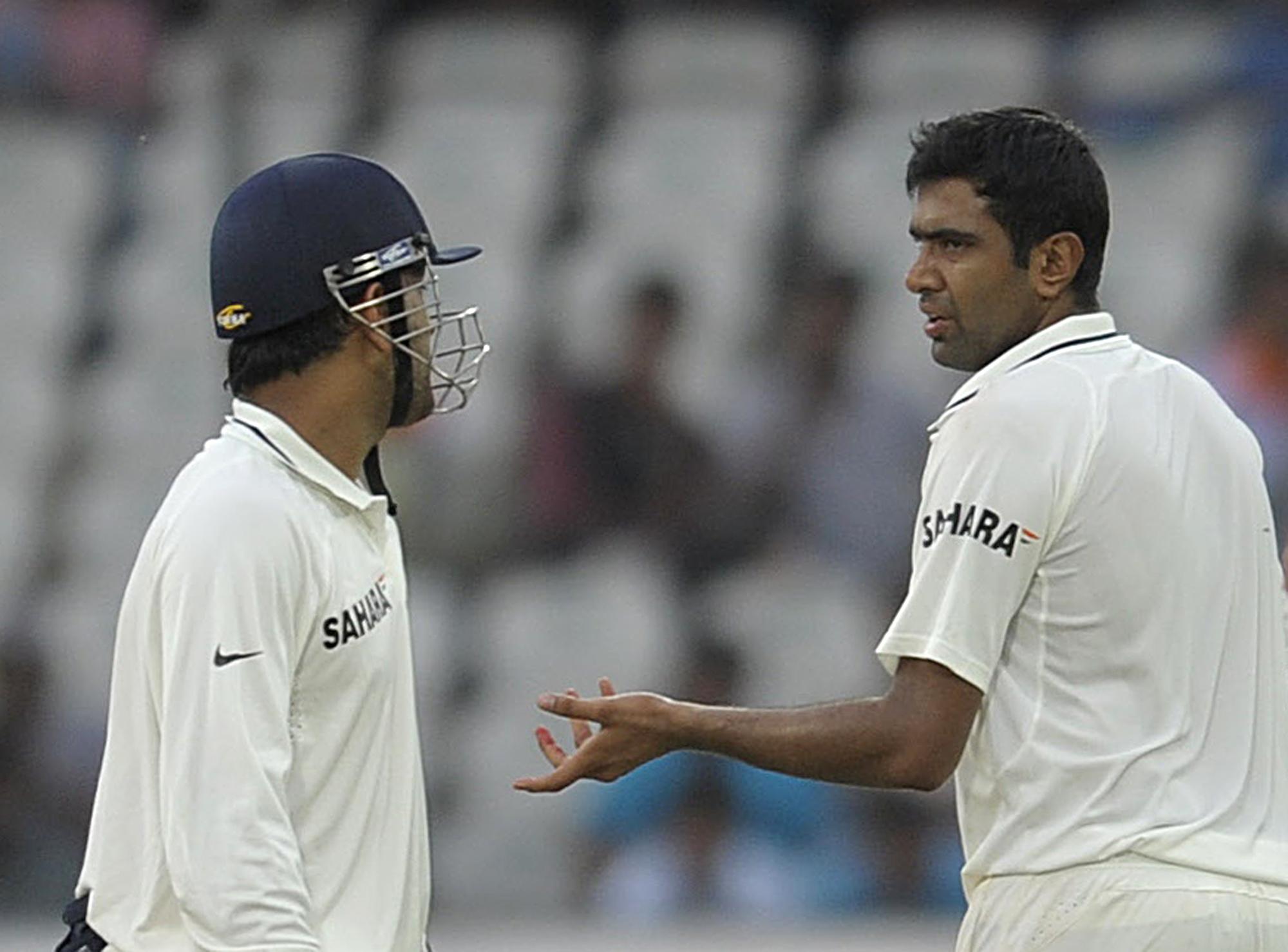भारत की इंग्लैंड के खिलाफ ऐतिहासिक जीत के पीछे था महेंद्र सिंह धोनी का हाथ?