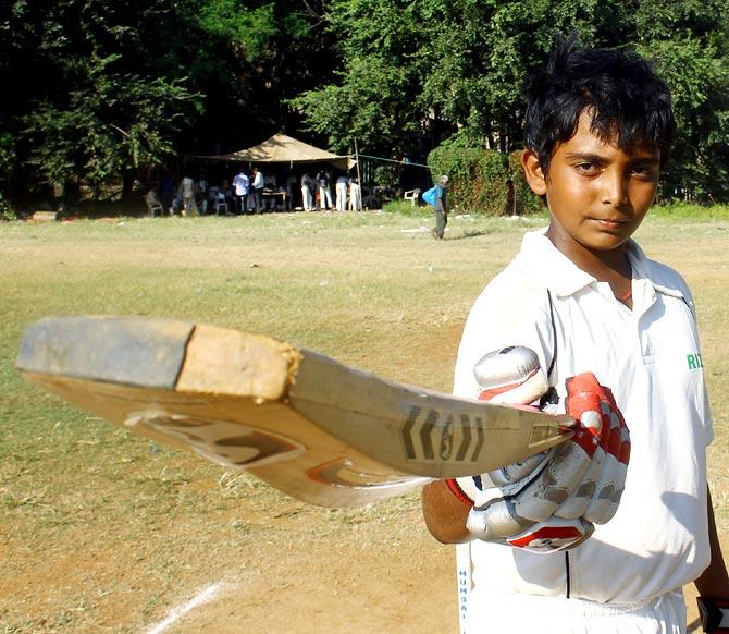 सेमीफाइनल के लिए पृथ्वी शॉ मुंबई टीम में शामिल 18