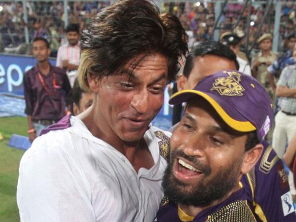 शाहरुख़ खान ने युसूफ पठान को दी अगले आईपीएल में नया हेलमेट पहनने की हिदायत