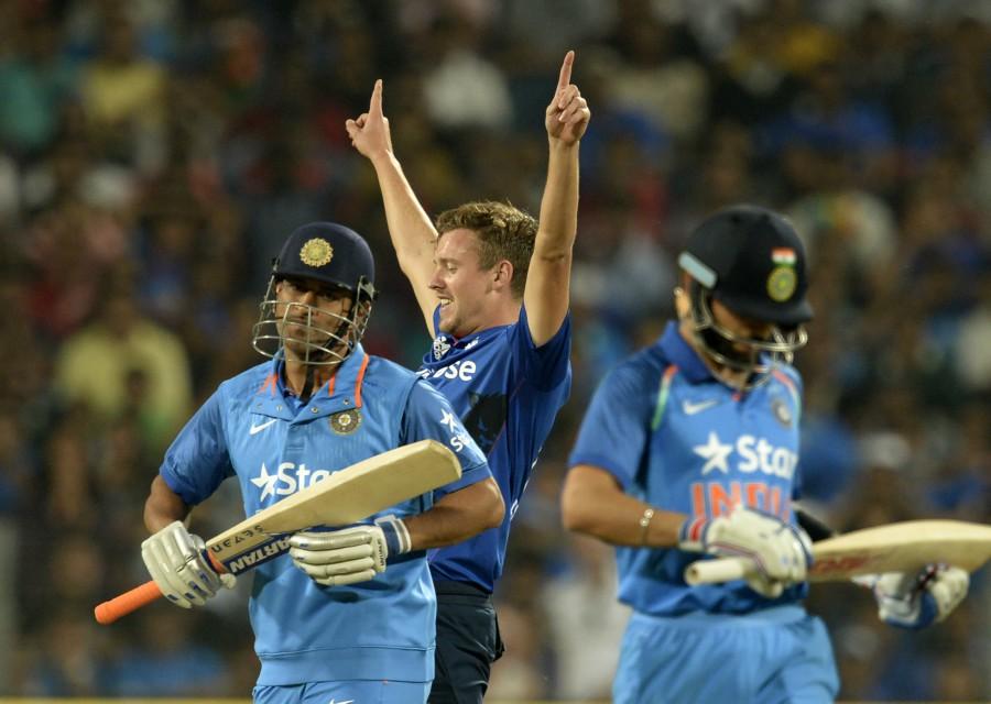 विराट कोहली के विरुद्ध इंग्लैंड के तेज गेंदबाज़ ने बनाई ख़ास रणनीति