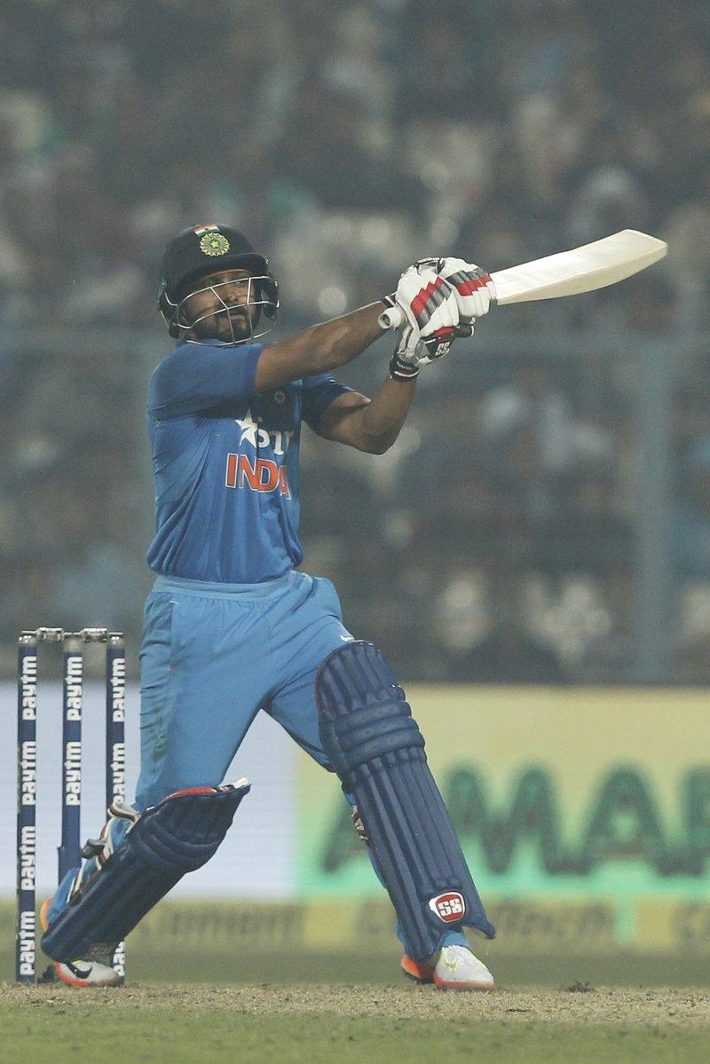 कोलकाता वनडे : आखिरी मैच में मिली हार के बाद केदार जाधव के बचाव में आये सर रविन्द्र जडेजा
