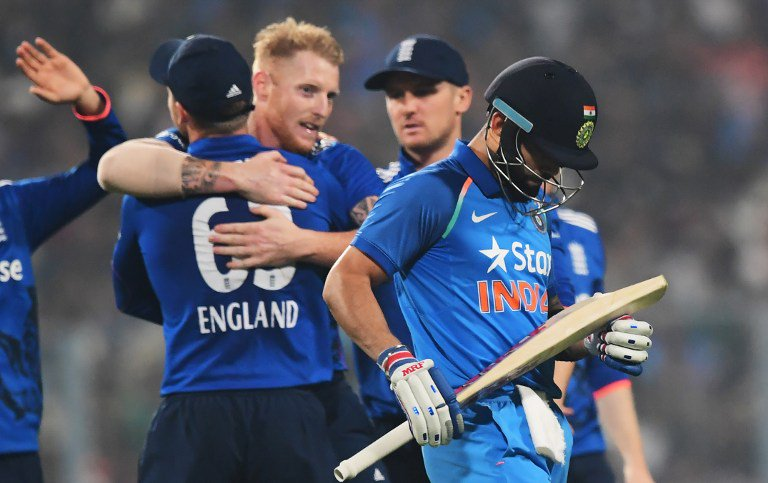 कोलकाता एकदिवसीय : इंग्लैंड से 5 रन से हारा भारत