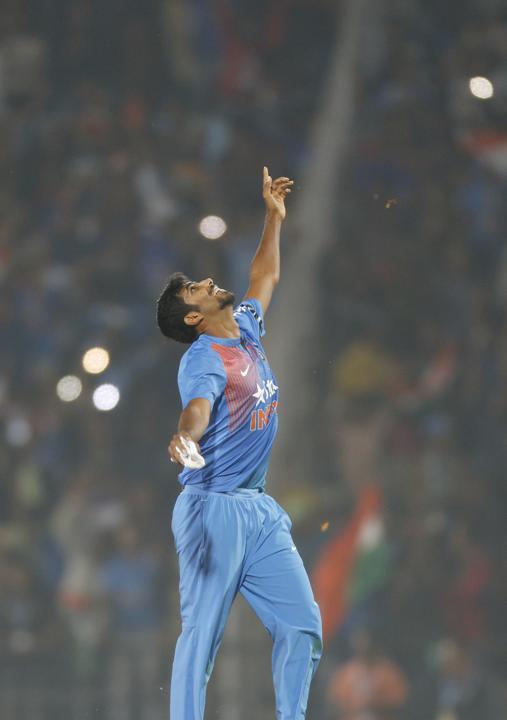 नागपुर टी-20 : बुमराह ने भारत की श्रृंखला में वापसी कराई