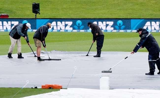 क्राइस्टचर्च टेस्ट : बारिश के कारण तीसरे दिन का खेल बाधित