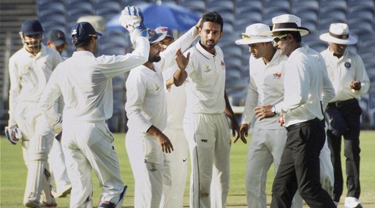 रणजी ट्रॉफी फाइनल : मुंबई की पहली पारी 228 पर सिमटी