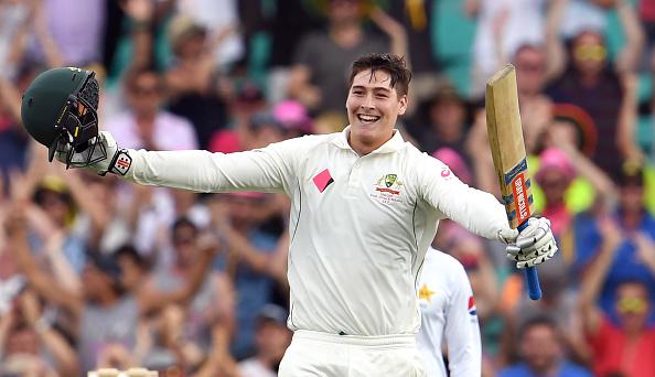 सिडनी टेस्ट : वॉर्नर, रेनशॉ के शतक से आस्ट्रेलिया मजबूत स्कोर की ओर