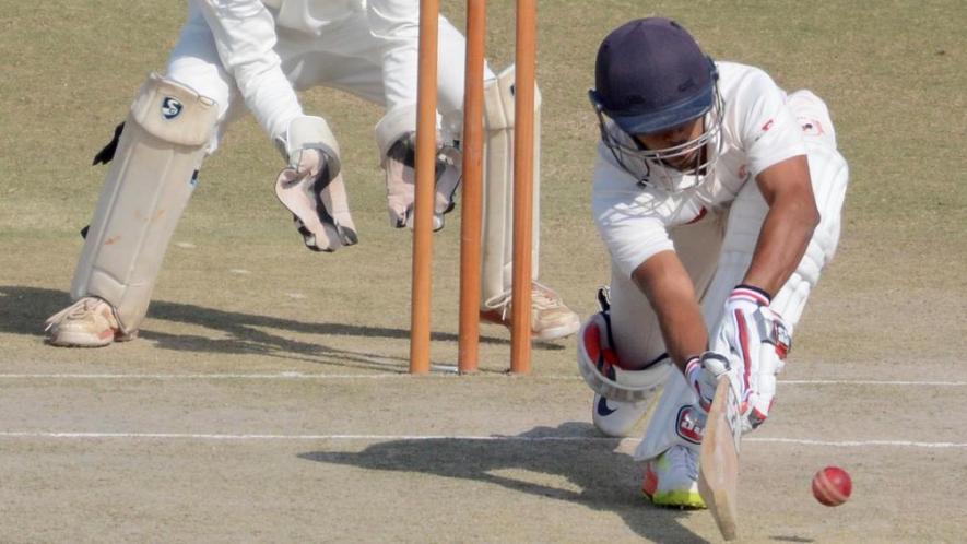 रणजी ट्रॉफी : गुजरात ने झारखंड की आधी टीम को पवेलियन लौटाया 2