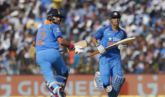 150 रनों की पारी के दौरान धोनी के साथ मिलकर युवराज सिंह ने बनाया यह बड़ा रिकॉर्ड