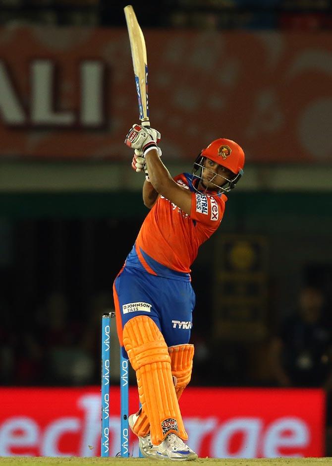 आरसीबी के खिलाफ खेली आतिशी पारी के लिए इशान किशन ने भारत के पूर्व कप्तान को दिया सारा श्रेय