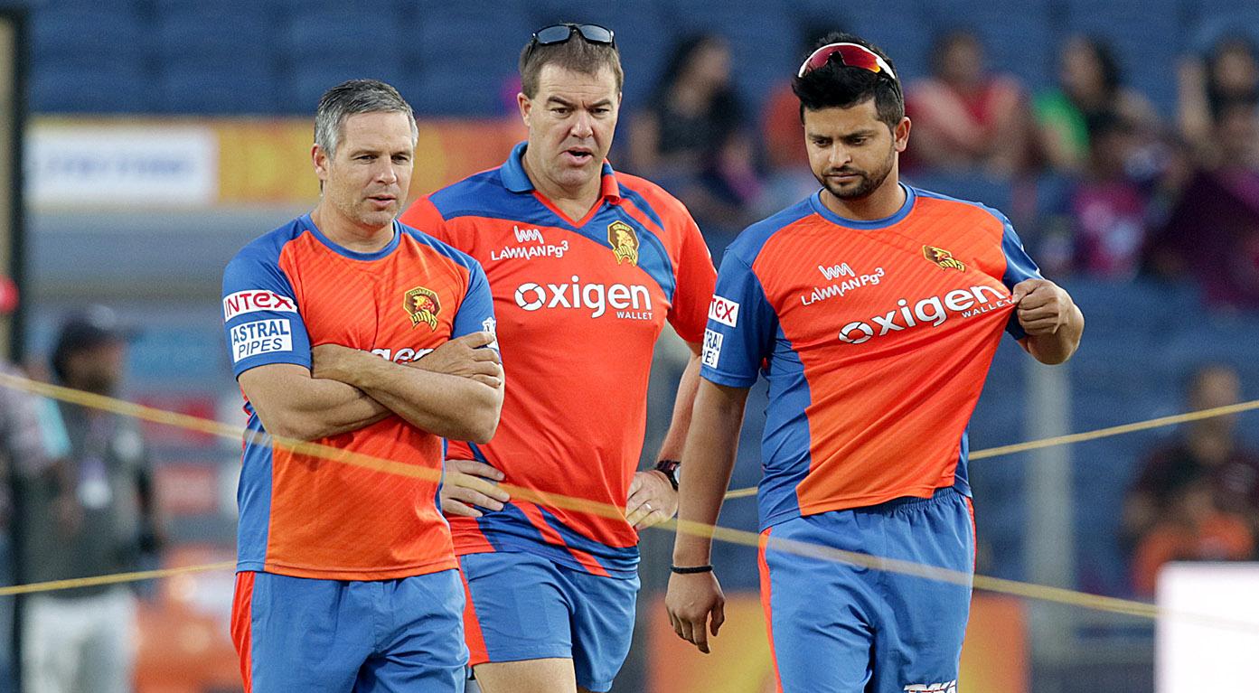 गुजरात लायंस के शर्मनाक प्रदर्शन के बाद खिलाड़ियों पर भड़के टीम के कोच और कहा…