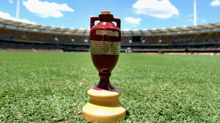 भारत से सीरीज हारने के बाद ऑस्ट्रेलिया ने इंग्लैंड के खिलाफ शुरू की ज़ुबानी जंग 11