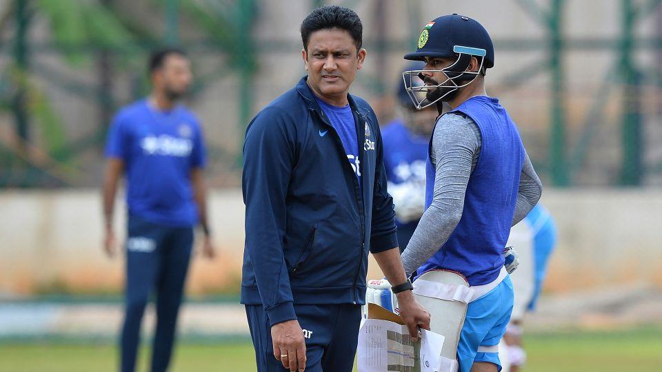 कामयाब घरेलू सीजन के बाद गौतम गंभीर और रोहित शर्मा जैसे खिलाड़ियों की भी तारीफ करना नहीं भूले अनिल कुंबले 3