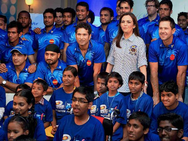 सराहनीय कदम: क्रिकेट मैच देखने से वंचित बच्चों को आईपीएल मैच दिखायेगी मुंबई इंडियन्स 19