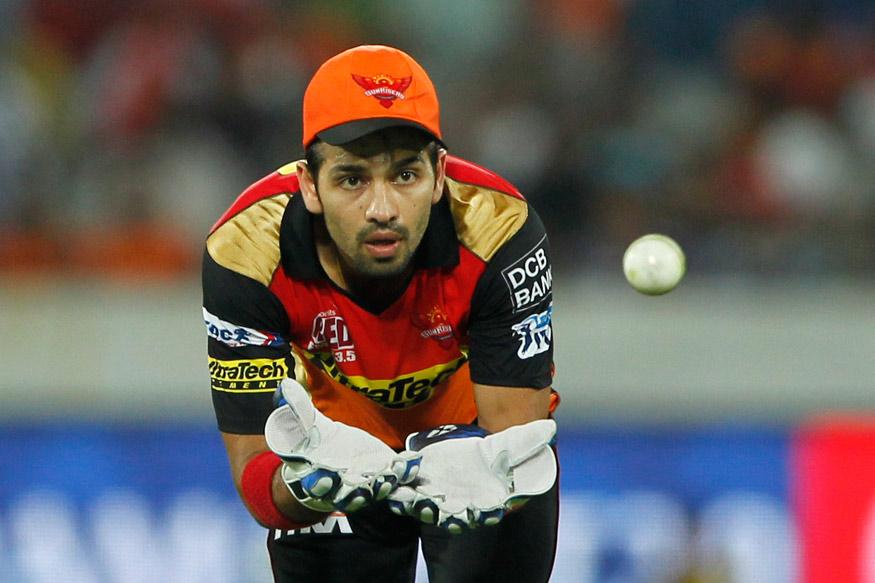 बल्लेबाज़ी करने का मौका नहीं मिलने के बाद भी इस बात से खुश है हैदराबाद के नमन ओझा