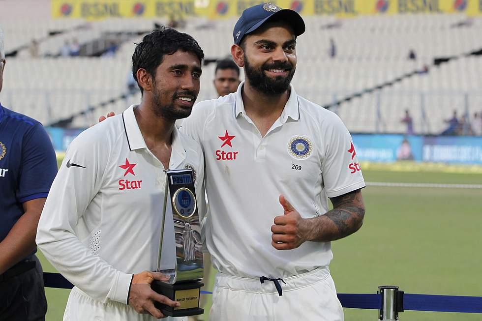 धर्मशाला टेस्ट के दौरान महेंद्र सिंह धोनी के साथ इस ख़ास श्रेणी में शामिल हुए रिद्धिमान साहा