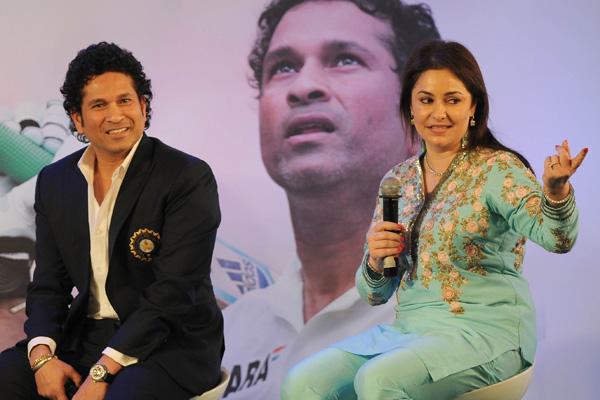 किसी बॉलीवुड फिल्म से कम नहीं है क्रिकेट के भगवान सचिन तेंदुलकर की लव स्टोरी, एक डॉक्टर को इस तरह दिल दे बैठे सचिन