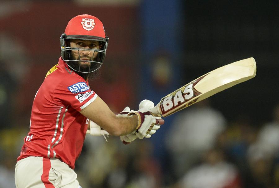 हाशिम अमला ने इस साल के आईपीएल में सभी को चौकाते हुए, डिविलियर्स, धोनी और कोहली को पछाड़ा