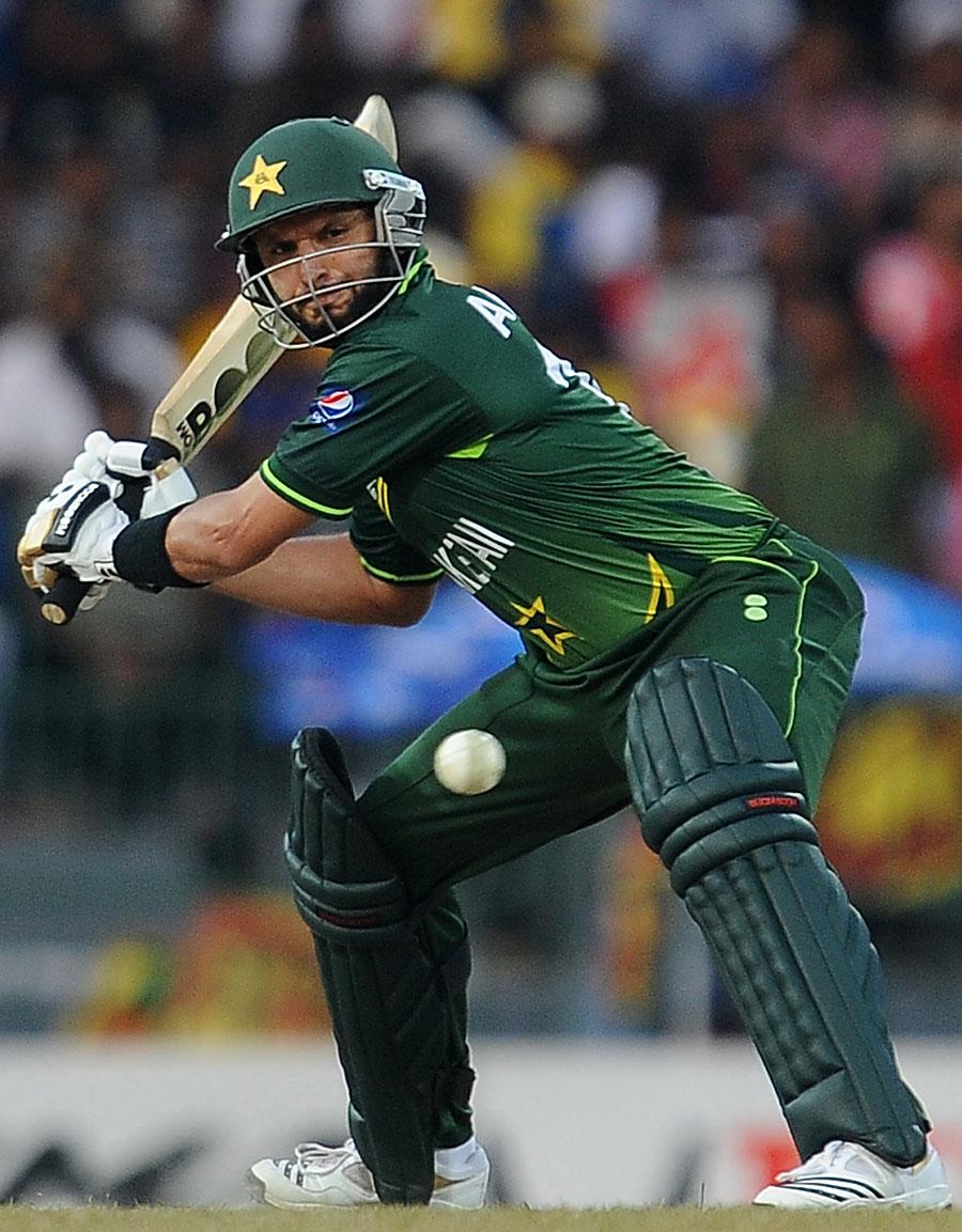 भगवान के बल्ले से खेली थी शाहिद अफरीदी ने क्रिकेट के इतिहास सबसे धमाकेदार पारी