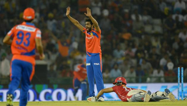 IPL10: गुजरात लायंस की टीम में हुई रविन्द्र जडेजा की वापसी, काफी जोरदार अंदाज़ में हुआ स्वागत