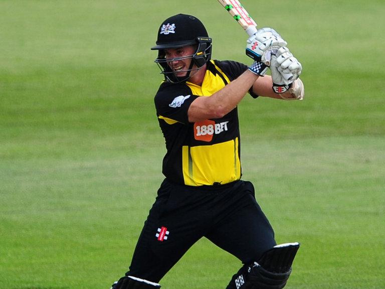 इस ऑस्ट्रेलियाई खिलाड़ी ने टी20 क्रिकेट में सभी दिग्गजों को पीछे छोड़ टी-20 में बनाया गेल के बाद सबसे ज्यादा शतक 3