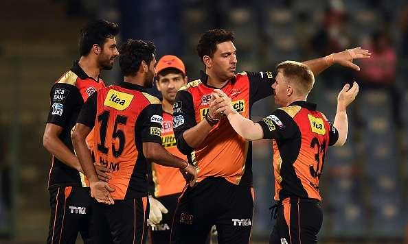 युवराज, धवन और भुवी में दिखी जंग, इस खिलाड़ी को सौपी हैदराबाद ने आईपीएल 11 की कप्तानी