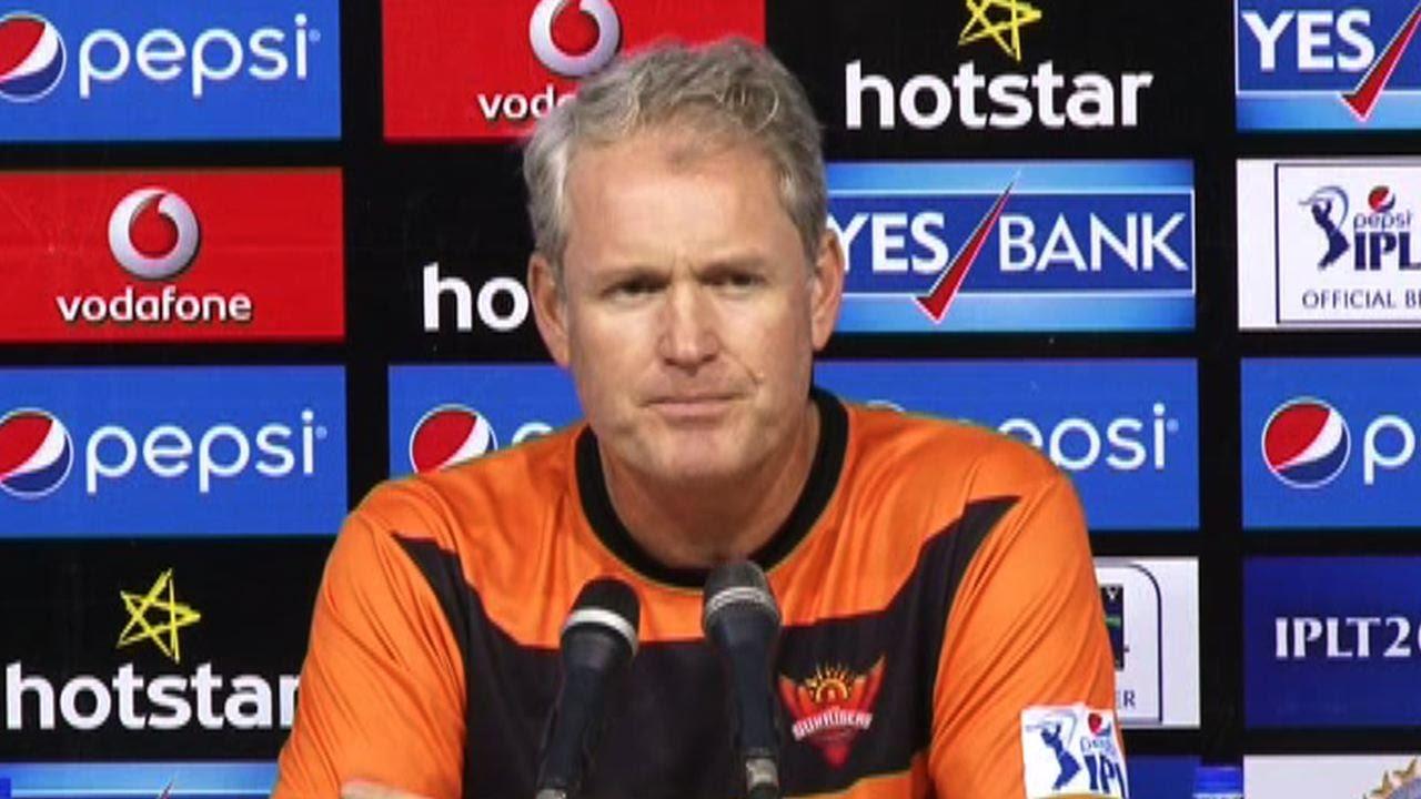 मैच शुरु होने से ठीक पहले हैदराबाद के कोच टॉम मूडी ने दी दिल्ली डेयरडेविल्स की टीम को खुली चेतावनी