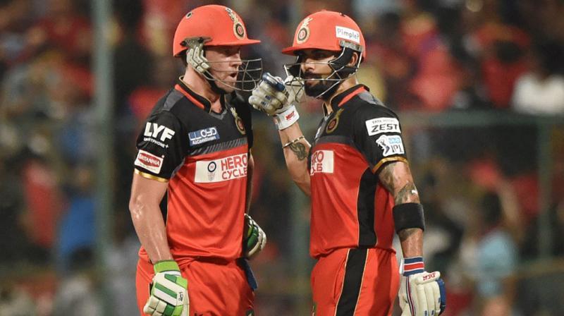 पुरे आईपीएल खराब बल्लेबाजी की वजह से आलोचना शिकार बने एबी डिविलियर्स ने स्वदेश लौटते ही विराट को लेकर कह दी ये बड़ी बात