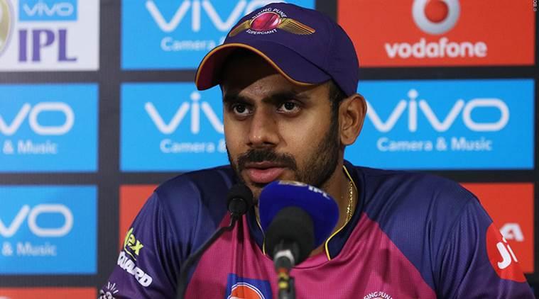 भारतीय टीम के दिग्गज खिलाड़ी ने धोनी को लेकर दिया चौकाने वाला बयान 7