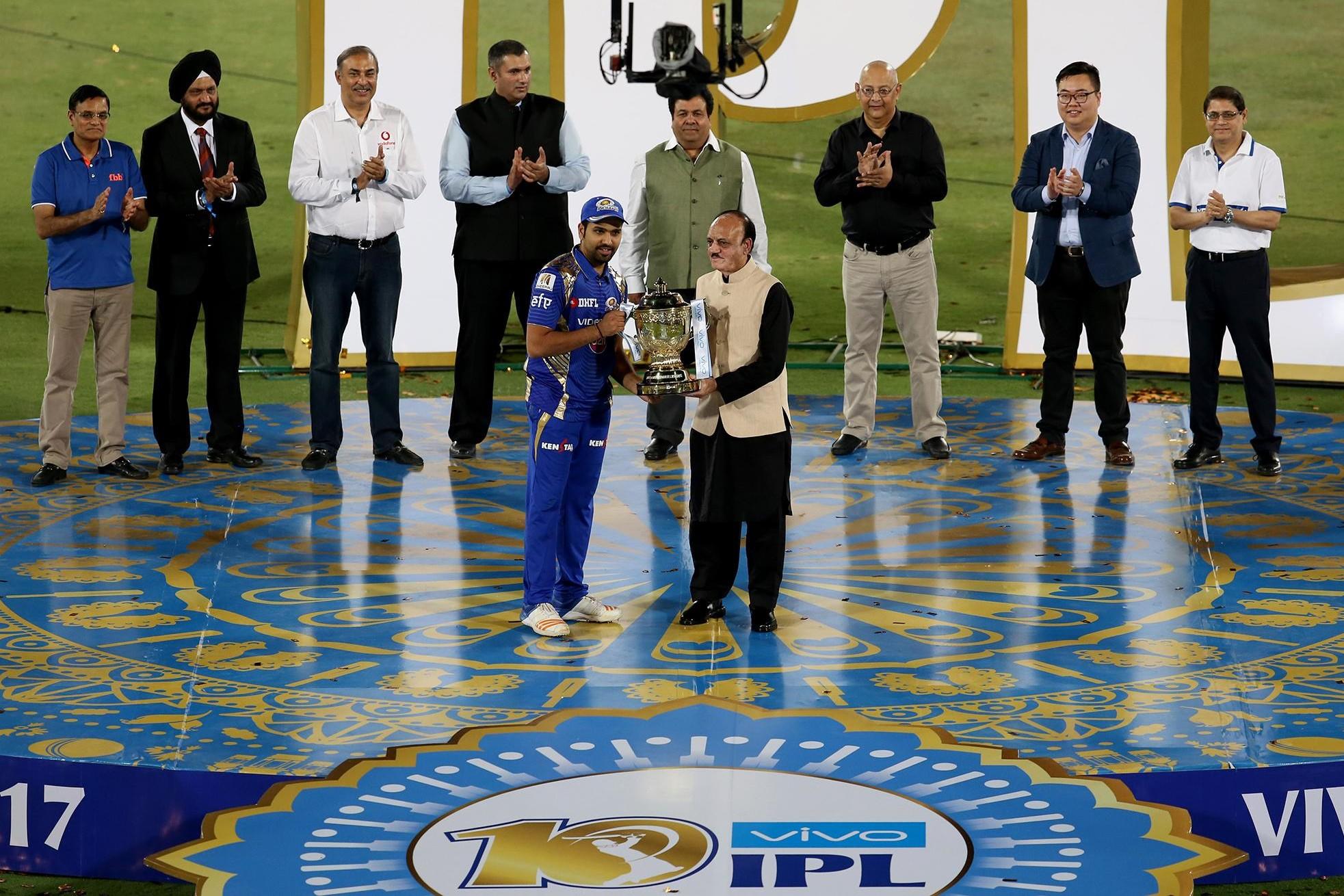 RPS V MI: ख़िताब जीतने के साथ ही रोहित शर्मा ने बनाये कई बड़े रिकार्ड्स 53