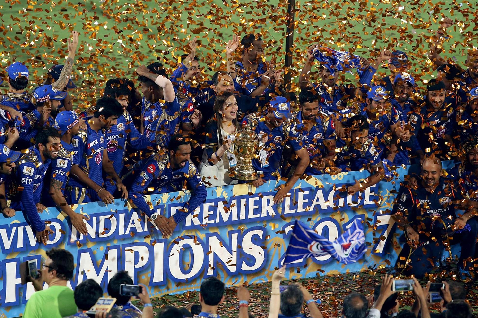 खिताबी जीत के बाद सोशल मीडिया पर छाई मुंबई इंडियन्स की टीम, युवराज, रैना और कैफ जैसे दिग्गजों ने दी बधाई 54