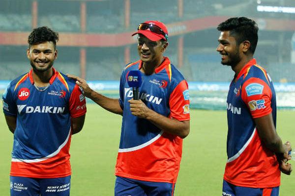 ऋषभ पंत और सैमसन ने खेली दिल्ली डेयरडेविल्स के लिए मैच जिताऊ पारी, लेकिन खुश नहीं है द्रविड़!
