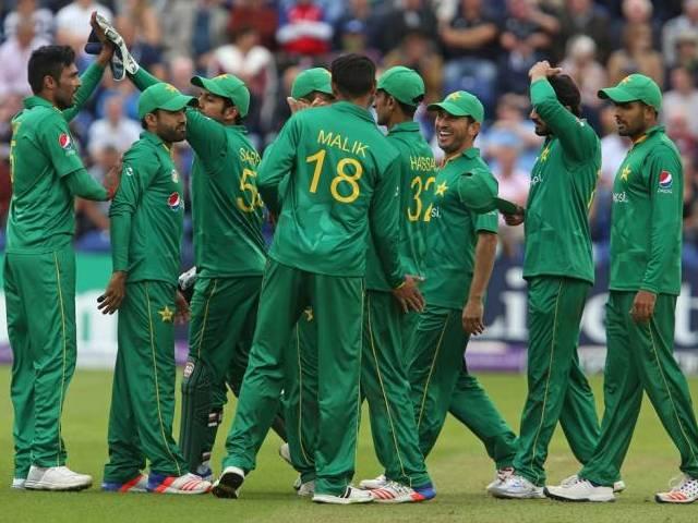 भारत-पाक मैच को लेकर अजहर अली ने शोयब मलिक नहीं बल्कि इस पाकिस्तानी खिलाड़ी को बताया की-प्लेयर